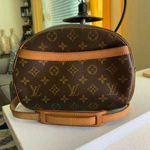 Louis Vuitton Blois monogram crossbody bag